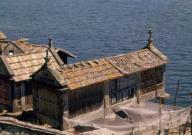 HORREOS PANERAS EN LA RIA DE PONTEVEDRA - FOTO AÑOS 60. Localización: EXTERIOR. Combarro. Pontevedra.HORREOS PANERAS EN LA RIA DE PONTEVEDRA - FOTO AÑOS 60. Location: EXTERIOR. Combarro. Pontevedra.. Album / Oronoz. Pontevedra SPAIN.