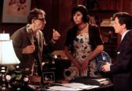 WOODY ALLEN, JULIE KAVNER y MICHAEL J. FOX en LOS USA EN ZONA RUSA (1994) -Título original: DON