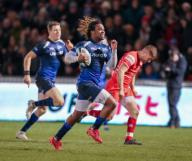 21st February 2020; AJ Bell Stadium, Salford, Lancashire, England; Premiership Rugby, Sale Sharks versus Leicester Tigers; Marlon Yarde of Sale Sharks breaks through the Leicester defence to score Sale