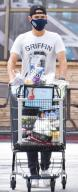 Wells Adams is seen grocery shopping in Los Angeles. Featuring: Wells Adams Where: Los Angeles, California, United States When: 14 Apr 2021 Credit: BauerGriffin\/InStar\/Cover Images