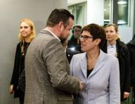17 January 2020, Hamburg: André Trepoll (CDU), parliamentary party leader in the parliament, welcomes Annegret Kramp-Karrenbauer (CDU), Federal Chairwoman of the CDU and Federal Minister of Defense, at an election campaign event before the beginning of the CDU executive committee