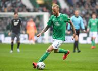 26 January 2020, Bremen: Football: Bundesliga, Werder Bremen - TSG 1899 Hoffenheim , 19th matchday. Bremen