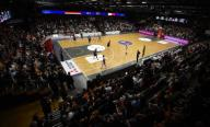 21 February 2020, Lower Saxony, Vechta: Basketball: European Championship qualification, 4th round, Group G, 1st matchday, Germany - France. The teams in action. Photo: Carmen Jaspersen/