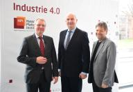 20 February 2020, Brandenburg, Potsdam: Christoph Meinel (l), Director and CEO of the Hasso Plattner Institute (HPI), Dietmar Woidke, Minister President of Brandenburg, and Robert Habeck (r), Co-Chairman of Bündnis 90/Die Grünen, stand side by side before the start of the HPI