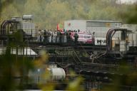 26 September 2020, North Rhine-Westphalia, Grevenbroich: End site activists block Garzweiler power plant site, a coal conveyor. Protests against the use of lignite in Germany began on Saturday in the Rhenish mining district. Photo: David Young\/dpa