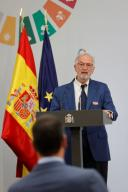 Spanish virologist and Research Professor of the Spanish Superior Council of Scientific Research Luis Enjuanes delivers a speech during the event held at Moncloa Palace in Madrid, Spain, 09 July 2020, to present the new Science Plan launched by the Government to reinforce Science, Technology and Innovation in Spain. EFE\/ Mariscal pool