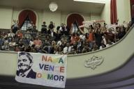 SÃO PAULO, SP - 11.12.2019: LANÃAMENTO LIVRO CRISTIANO ZANIN MARTINS - Students participate in the launch of the book 'Lawfare', by lawyers Cristiano and Waleska Zanin Martins, in the auditorium of the Faculty of Law of USP, in Largo do São Francisco, central São Paulo, on Wednesday night (11). Also attended the event politicians and lawyers. (Photo: Bruno Rocha/Fotoarena)