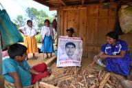 EUM20200925NAC08.JPG CIUDAD DE MÃXICO. Justice\/Justicia-Ayotzinapa.- 25 de septiembre de 2020. Dominga y Damián, padres de Felipe, uno de los 43 normalistas desaparecidos de Ayotzinapa, no pudieron acudir a las movilizaciones de este año porque enfermaron de Covid, pero la esperanza de encontrar a su hijo les da fuerza a seis años de la desaparición. Foto: Agencia EL UNIVERSAL