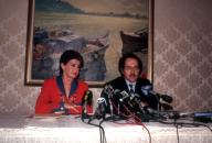 Leona Helmsley (L) and her attorney Alan Dershowitz (R) at a news conference on her tax charges on September 19, 1991. ( Frances M. Roberts)