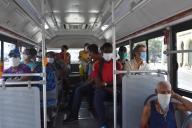 (200331) -- HAVANA, March 31, 2020 (Xinhua) -- People wearing masks take a bus in Havana, Cuba, March 30, 2020. (Xinhua/Zhu Wanjun) - Zhu Wanjun -//CHINENOUVELLE_0937020/2003310957/Credit:CHINE NOUVELLE/SIPA/