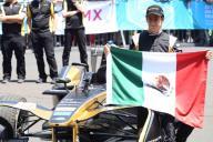 CIUDAD DE MÉXICO, marzo 30 (EL UNIVERSAL).- El piloto mexicano, Esteban Gutiérrez, de desarrollo de Mercedes, dice que los equipos chicos son los que más sufrirán económicamente. Foto: Agencia EL UNIVERSAL/Archivo
