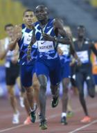 (200926) -- DOHA, Sept. 26, 2020 (Xinhua) -- Ferguson Cheruiyot Rotich (front) of Kenya competes during the men\'s 800m final at the 2020 Diamond League Athletics Meeting in Doha, Qatar, Sept. 25, 2020. (Photo by Nikku\/Xinhua